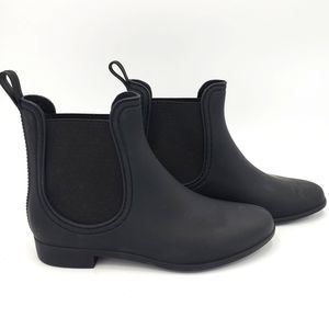 JC Play by Jeffrey Campbell NWOB Rubber Ankle Boot